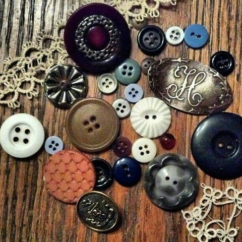 antique button collection and tatting by Vicki Holloway