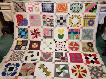 Sampler from Quiltmaker 100 block magazine made by Vicki Holloway